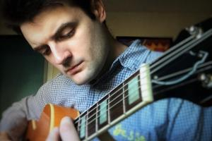 Jesse Allain teaches live online guitar lessons at Lessonface