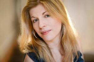 Karen Dryer teaches live online Liz Caplan voice courses at Lessonface