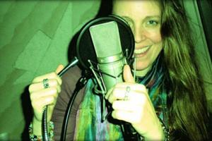 Katie Bull teaches live online music courses at Lessonface