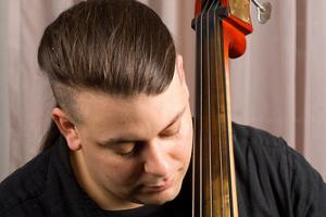 Bryant Waner teaches live online bass lessons at Lessonface