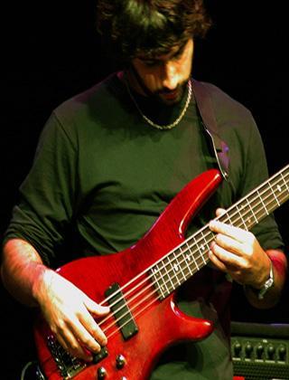 Cristian Tisselli, Bass Guitar Teacher at LessonFaace.com