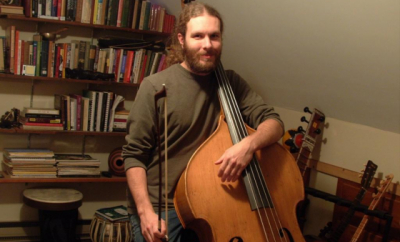 Glen Schneider teaches live online bass lessons at Lessonface