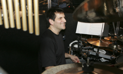 Gary Seligson teaches live online music lessons at Lessonface