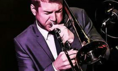 Jason Holcomb performing with Matt Goss at Caesar's Palace 2012