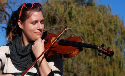 Kelsey Zachary teaches live online violin, viola, and fiddle lessons at Lessonface