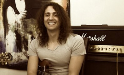 Rod Ferreira teaches live online guitar music lessons at Lessonface