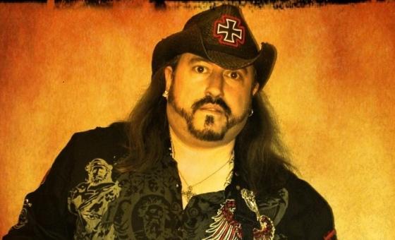 Chris Dunnett online guitar teacher